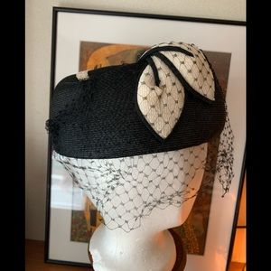 Vintage Navy & White Hat With Netted Veil